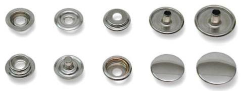 Bottoni in metallo a pressione